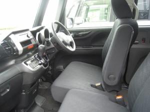 NBOXの運転席画像