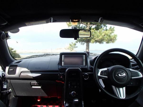 コペンローブ運転席まわり画像