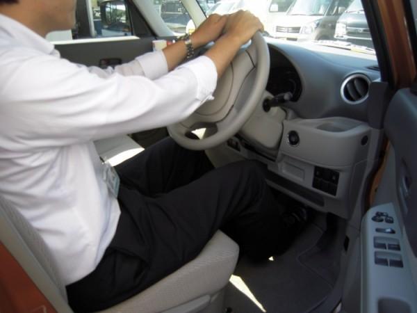 スペーシアの運転席