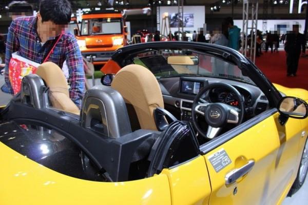 コペンセロの車内画像